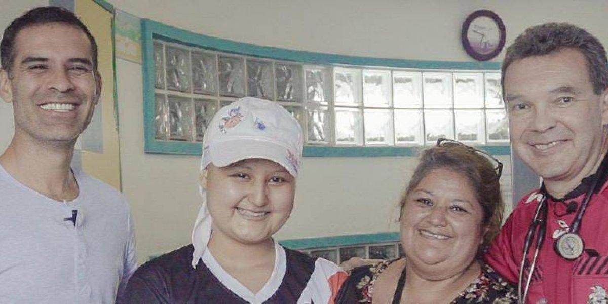 VIDEO: 'Rafa' Márquez y Atlas sorprenden a una rojinegra enferma de leucemia