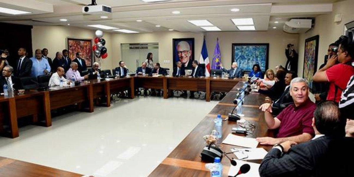Comité central del PLD se reunirá el 27 de octubre para definir primarias