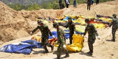 Ya van 1200 muertos por tsunami en Indonesia