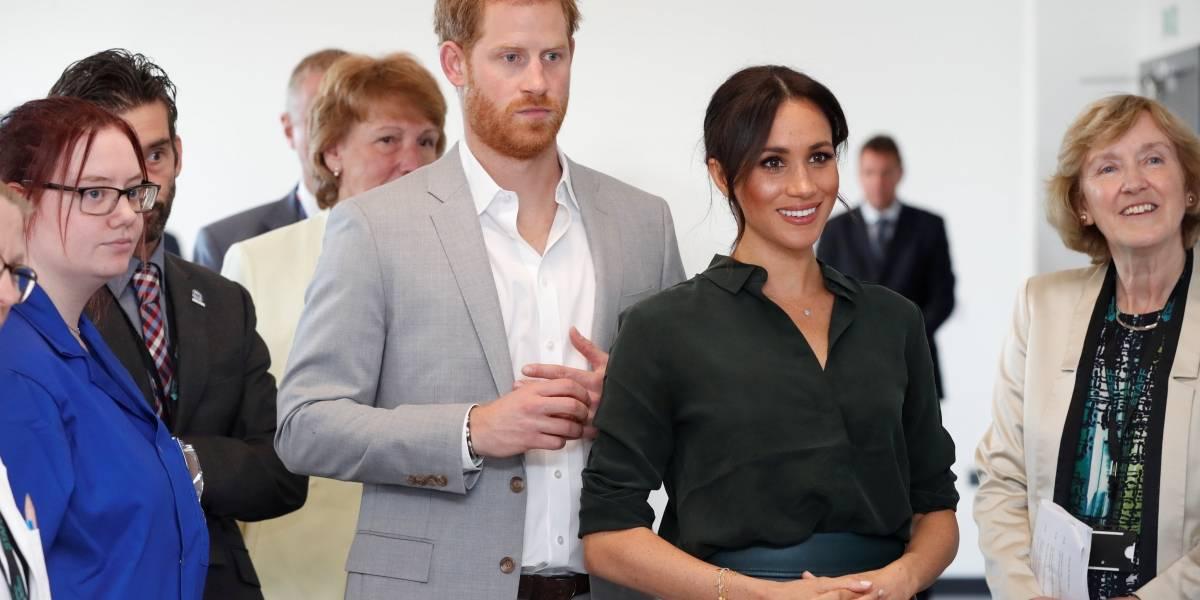 """Príncipe Harry dá conselhos para crianças e pergunta """"o que há de errado com os pais?"""""""