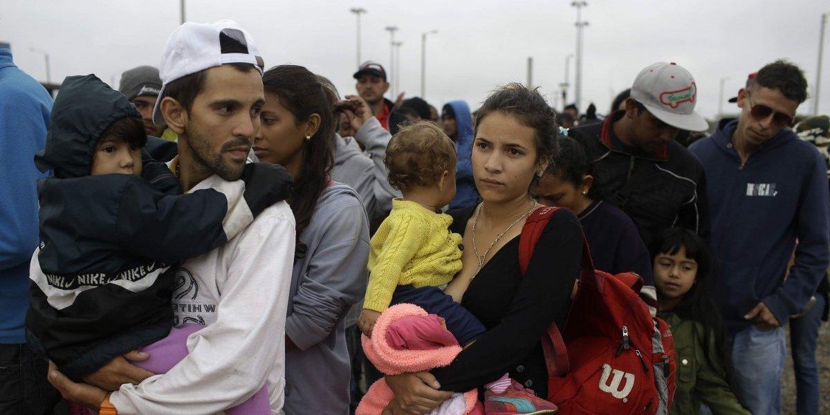 La nueva cifra que golpea a Maduro: cerca de cinco mil venezolanos abandonan el país a diario según la ONU
