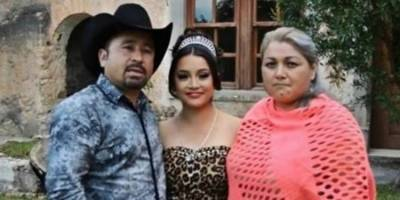 Rubí Ibarra y su familia