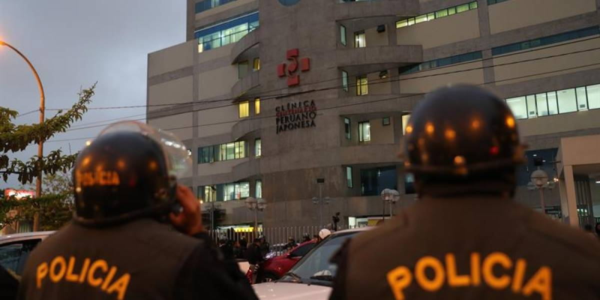 Alberto Fujimori ingresa a clínica antes de que se ejecute orden de volver a prisión