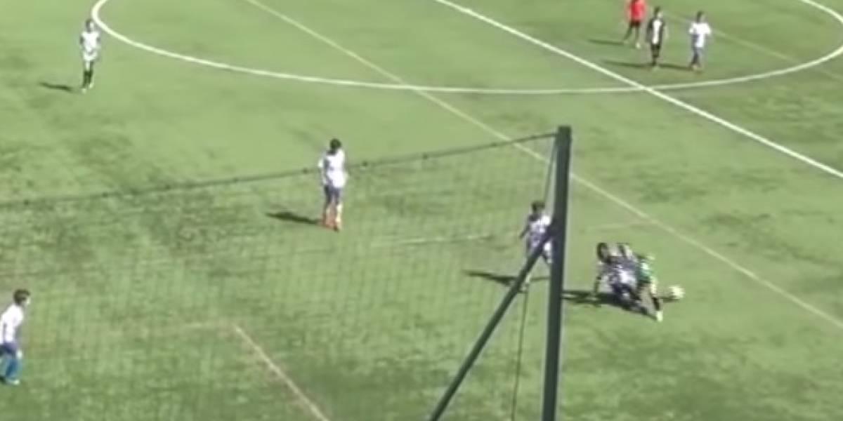 VIDEO: La terrible fractura de tibia y peroné de un futbolista de nueve años