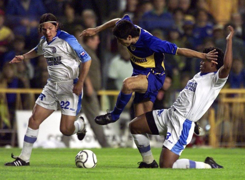 Pablo Galdames estuvo muy cerca del título de la Libertadores 2001 con Cruz Azul, pero fue víctima de la Maldición Ignacio Prieto / Foto: AP