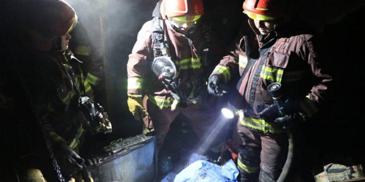 VIDEO. Incendio en zona 1 deja un fallecido
