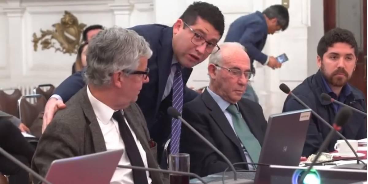 """Coordinador nacional de demandas CAE: """"Todas las querellas contra los bancos han sido declaradas admisibles"""""""