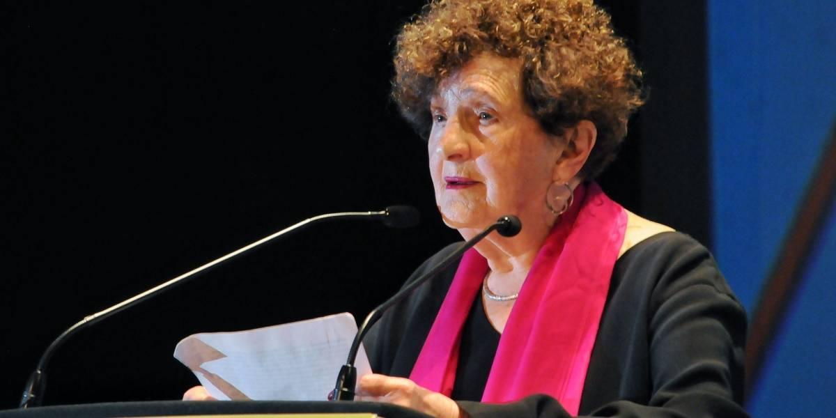 Por razones personales, Margo Glantz no dirigirá el Fondo de Cultura Económica