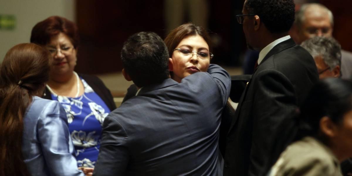 Niegan reconsideración de la legisladora Sofía Espín y continúa su investigación