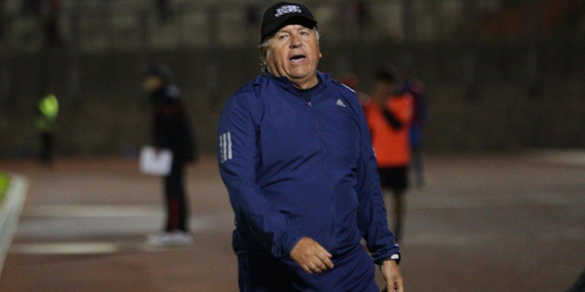 """Luis Marcoleta cree en los milagros y confía en la salvación de La Serena: """"Siento que nos quedamos en la B"""""""