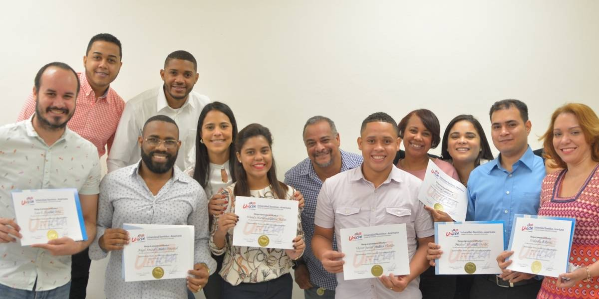 Diplomado UNICDA certifica promoción Diplomado en Redes Sociales