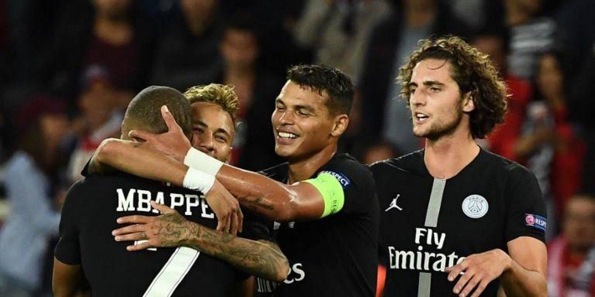 Neymar brilla con el PSG ante una deslucida Estrella Roja