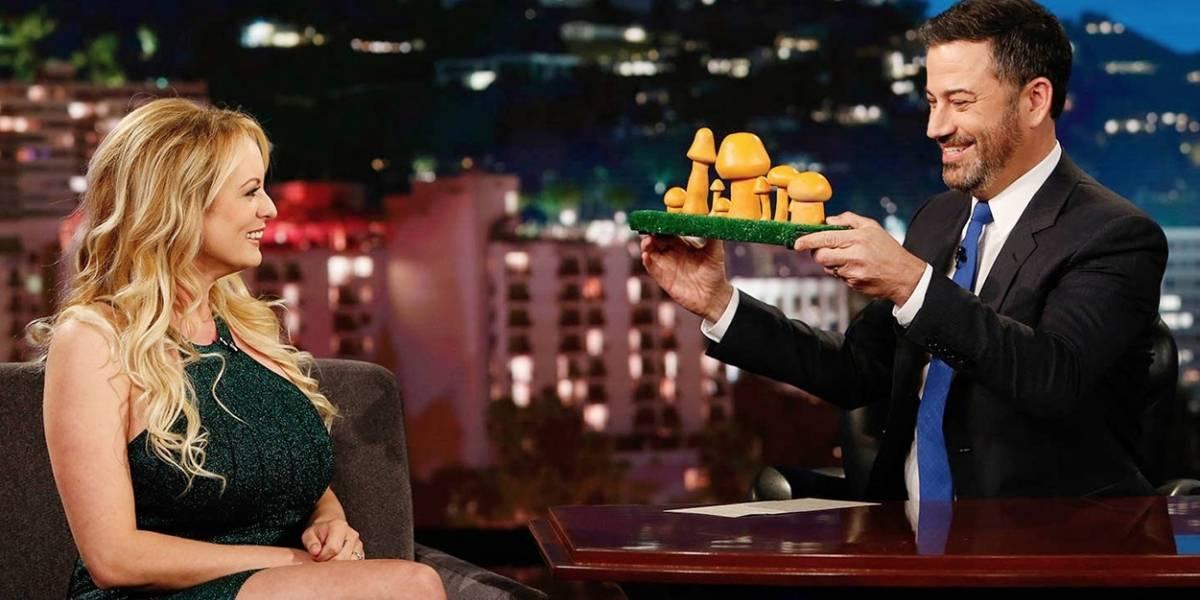 Stormy Daniels identifica cogumelo que mais parece com genitália de Trump; veja vídeo