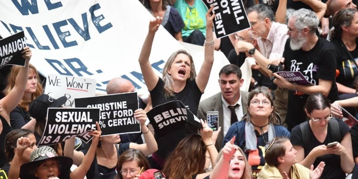 FOTOS. Miles protestan en Washington en contrade juez acusado de agresión sexual