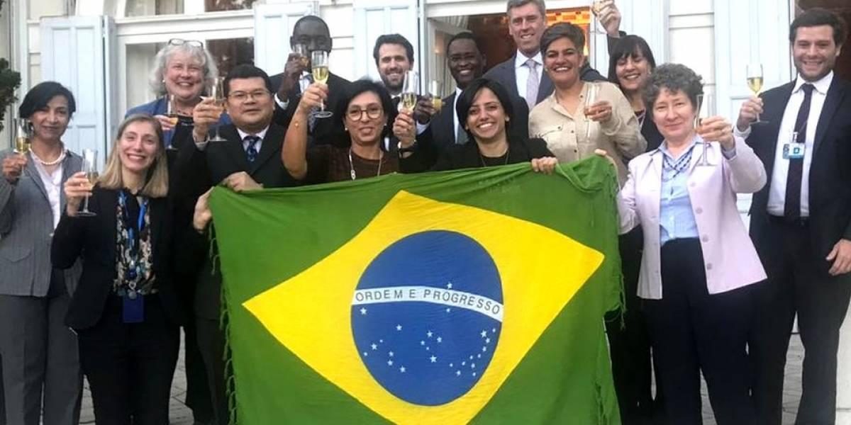 Com base em lei pioneira, Brasil concede cidadania a irmãs sem pátria