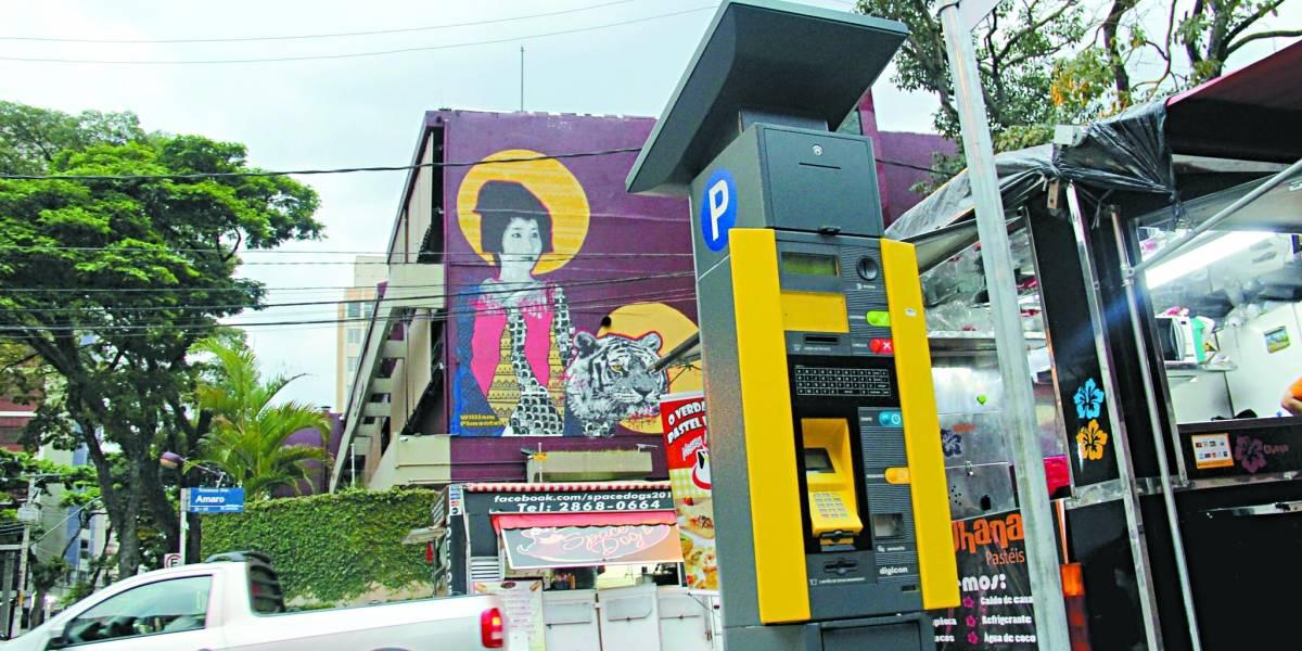 Santo André estuda sistema que aponta vagas disponíveis para carros