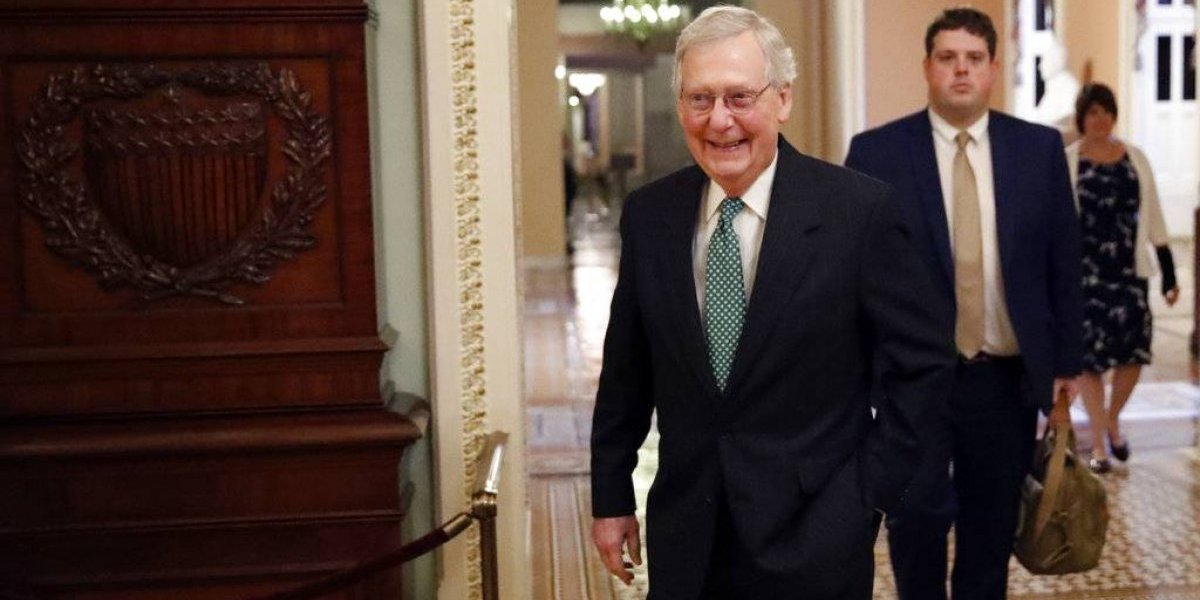 Republicanos y demócratas chocan por informe de Kavanaugh