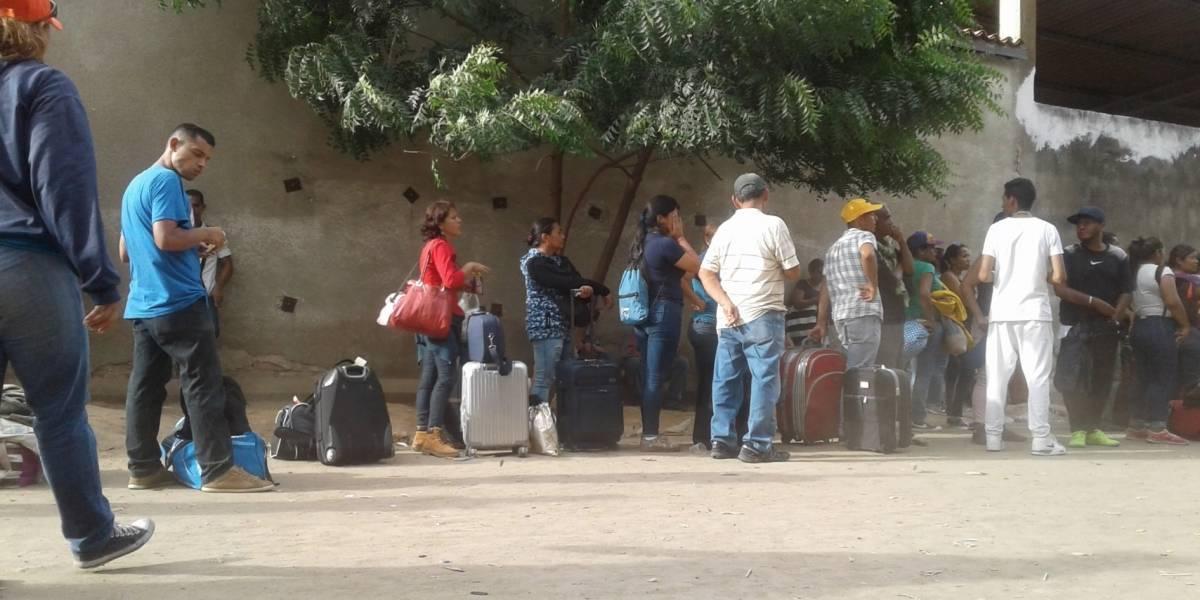 Crónicas del caminar de venezolanos al Sur