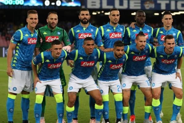 Arkadiusz Milik fue atracado después de Napoli contra Liverpool