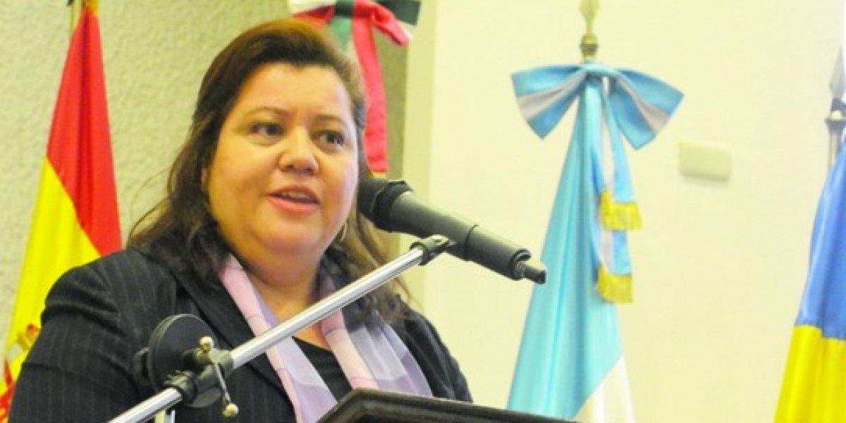Conoce a la primera mujer que dirige la Academia Guatemalteca de la Lengua correspondiente de la Real Academia Española