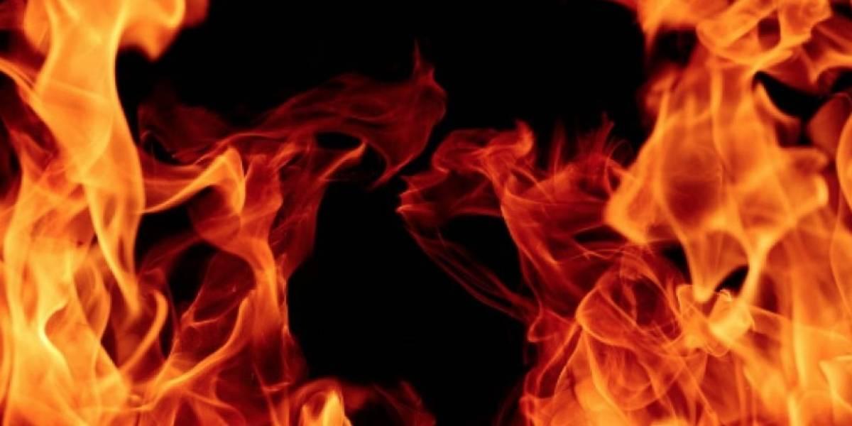 """""""Descartamos que sea Satanás"""": la extraña explicación por agujero en la tierra que escupe fuego y que atemoriza a un pueblo en EEUU"""
