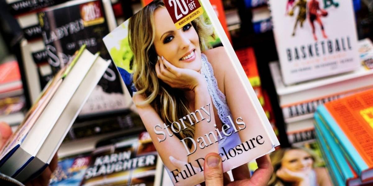 Memorias de actriz porno Stormy Daniels sobre su relación sexual con Trump