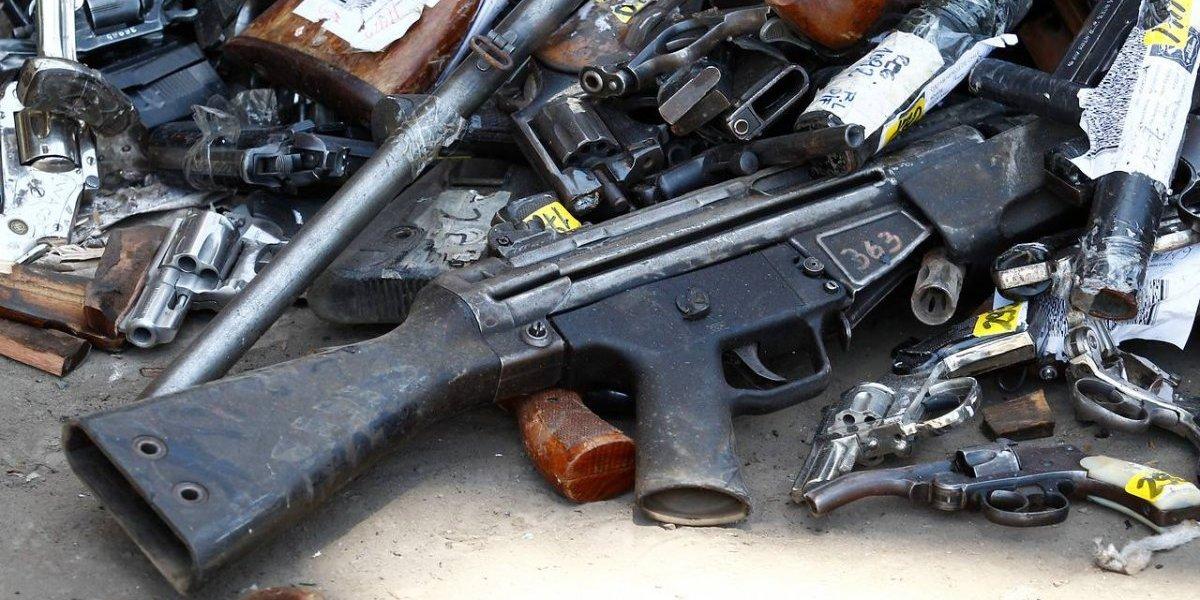 Ya no caerán en manos de delincuentes: Carabineros destruyó 2.500 armas de fuego