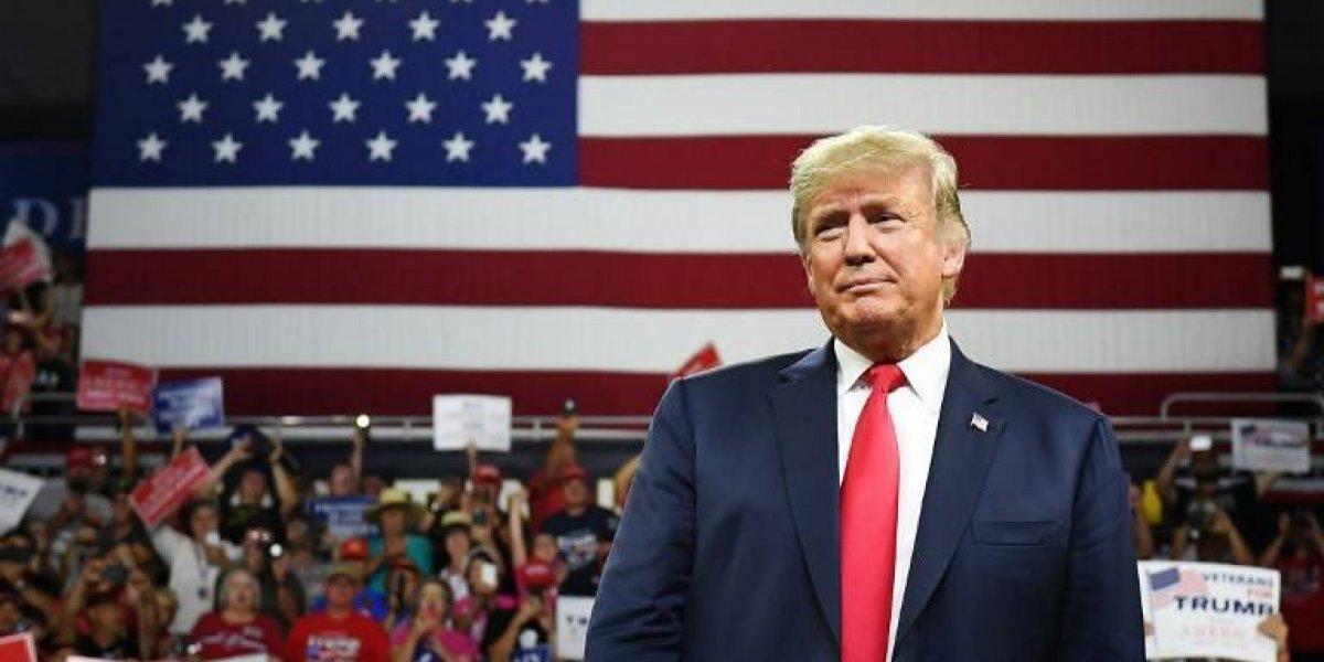 Expertos: Trump podría tener que pagar millones en multas