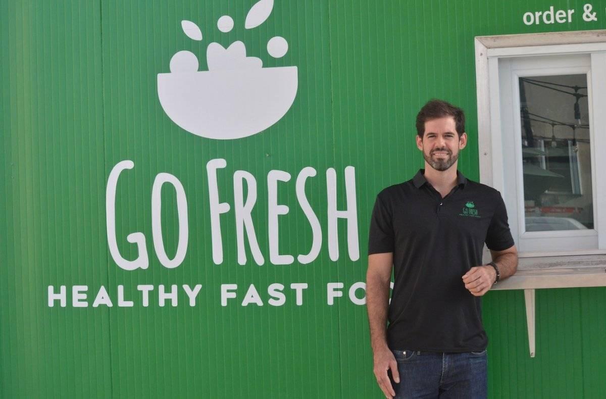 Arturo Romero es el dueño del establecimiento Go Fresh / Foto por Perla Hernández