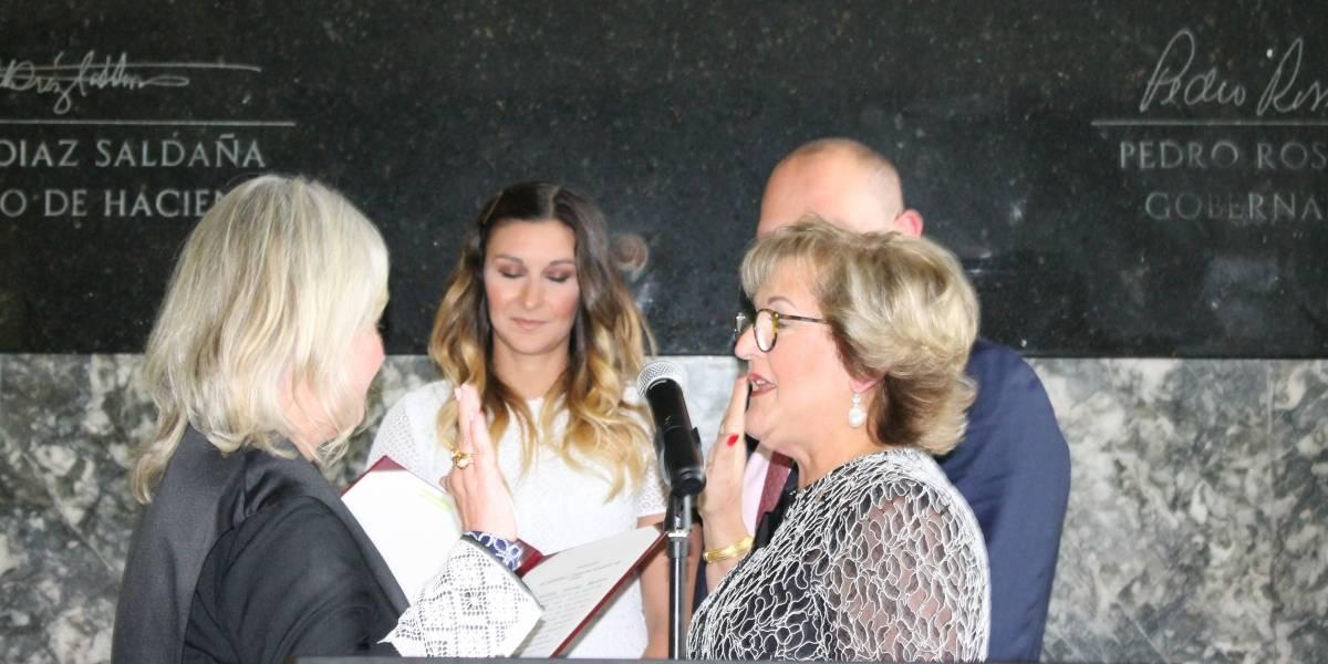 Juramenta la nueva secretaria de Hacienda Teresa Fuentes