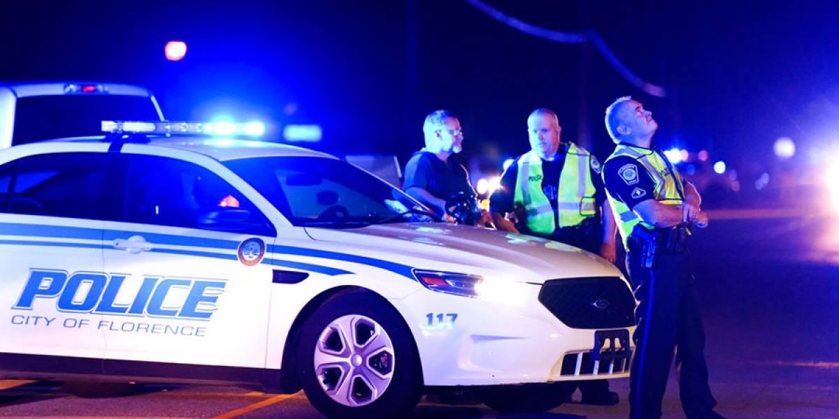 Balean a cinco policías en Carolina del Sur