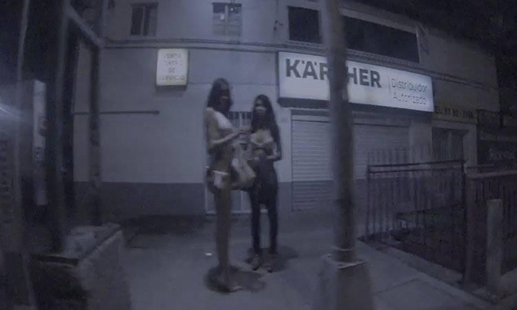 Sexoservidoras transexuales dicen ser violentadas por participantes de arrancones
