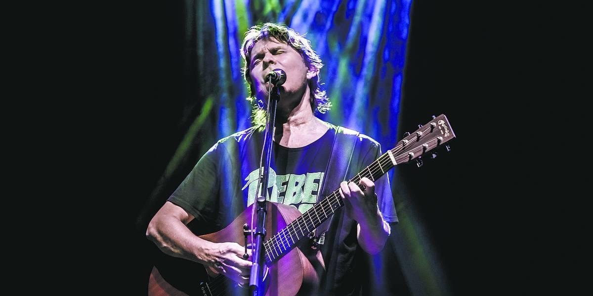 Cantor Lô Borges celebra discos clássicos em show neste fim de semana