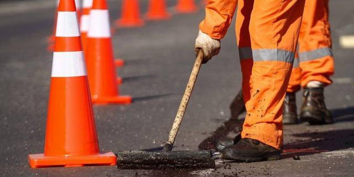 Modificación a la Ley de Pavimentación Comunal permitirá tapar hoyos en calles y veredas sin tanta burocracia