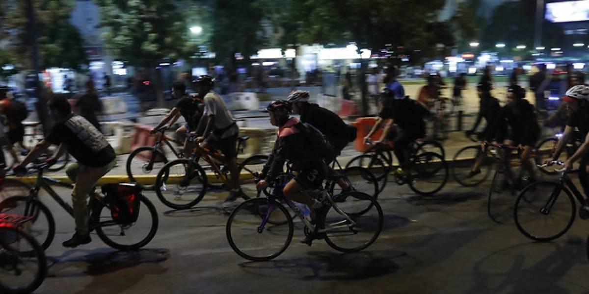 Deberes y derechos para todos: nueva Ley de Convivencia Vial multará a ciclistas que transiten por las veredas