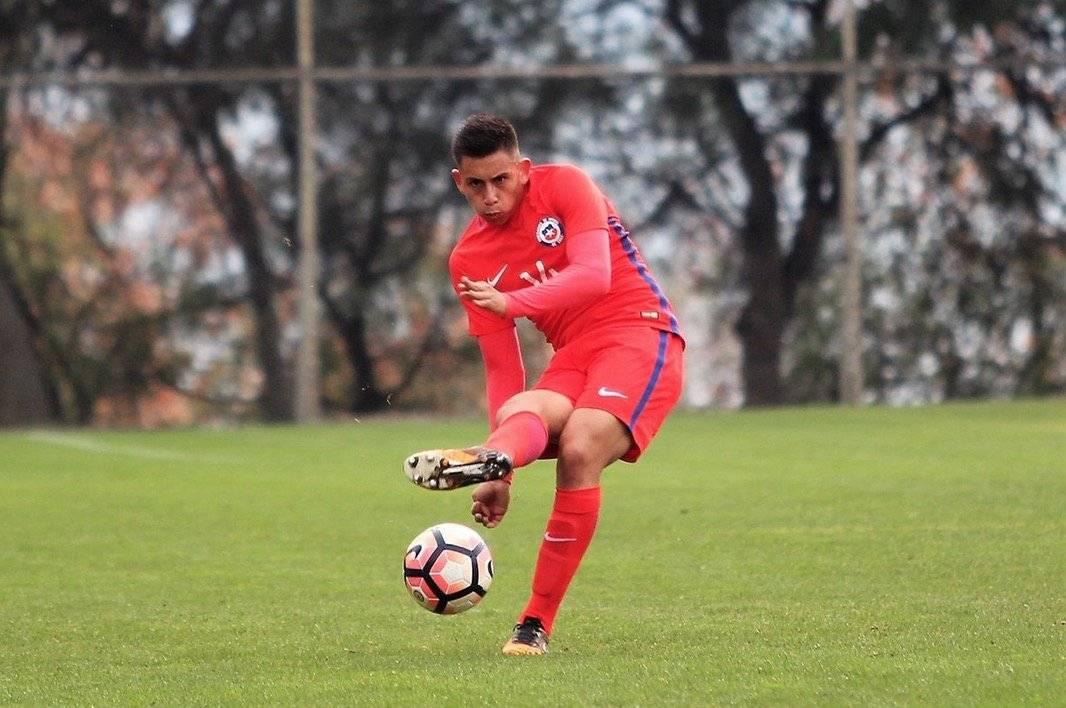 Parancán viene trabajando con la Roja Sub 20 de Héctor Robles / Foto: cruzados.cl