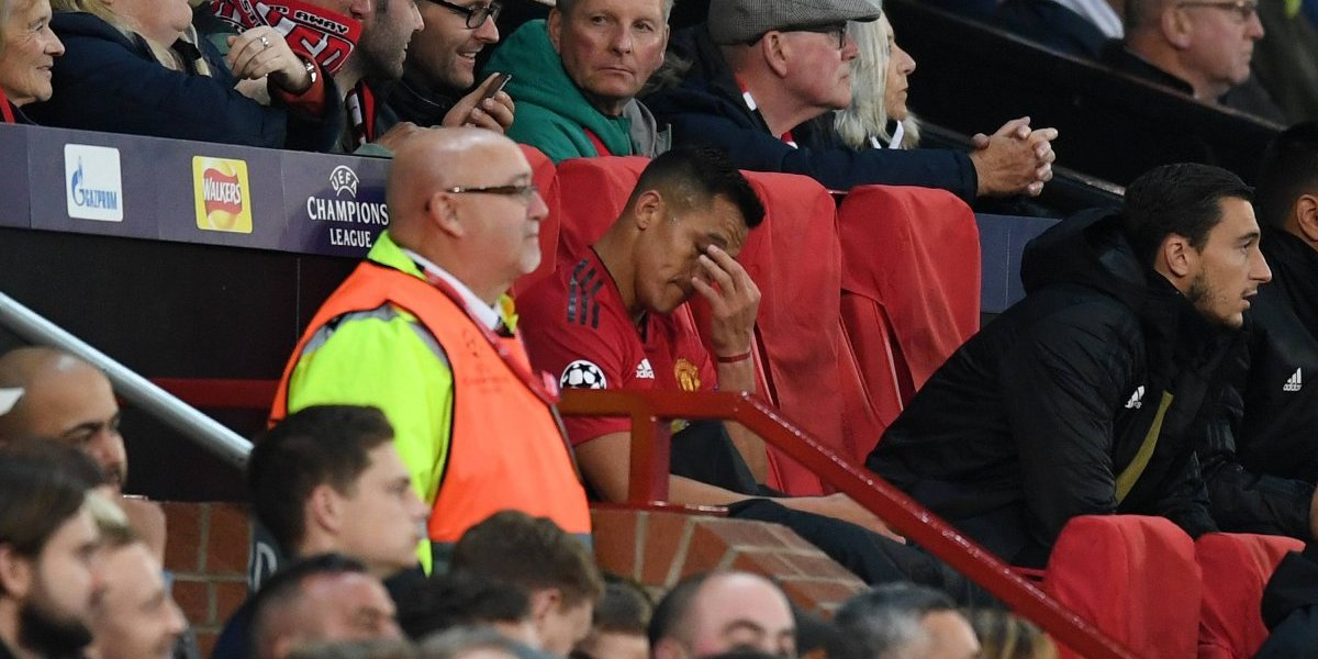 "Gary Neville se compadece de Alexis Sánchez: ""Me da pena"""