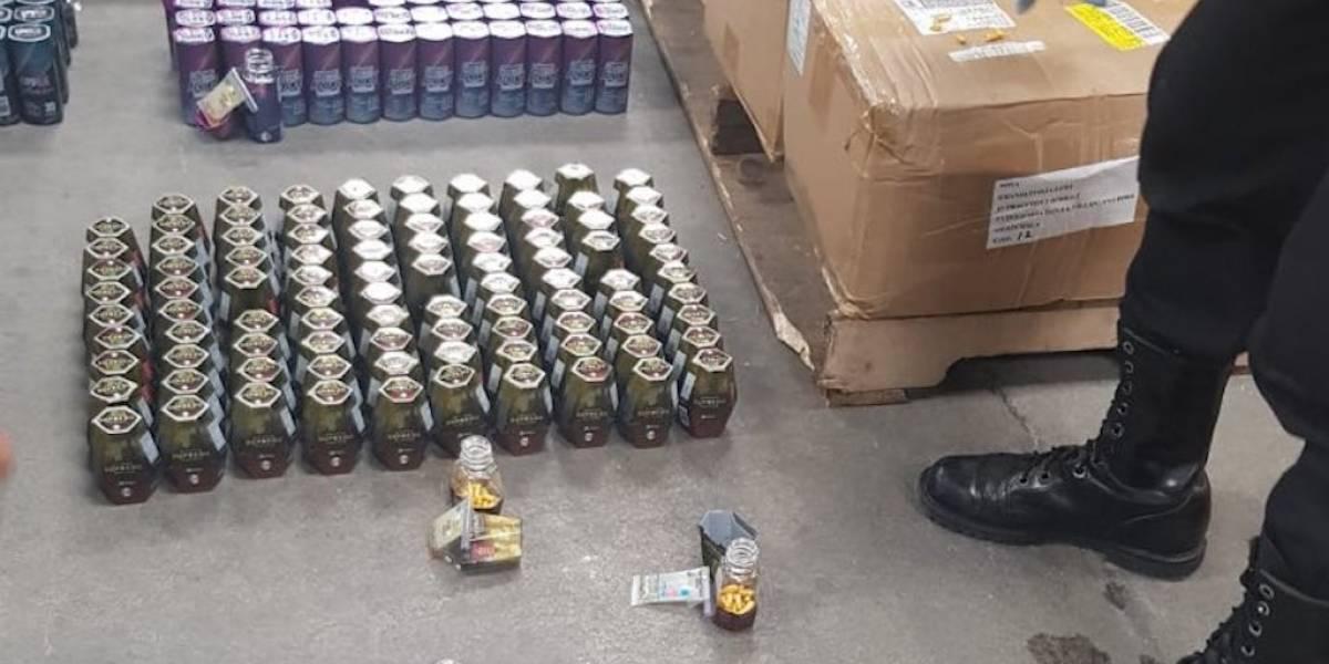 PNC localiza 98 frascos con heroína en el Aeropuerto Internacional La Aurora