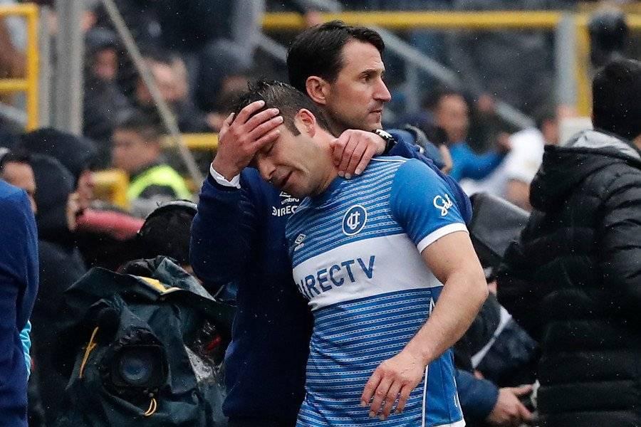 Álvarez sufrió con su tempranera lesión ante Colo Colo / Foto: Photosport