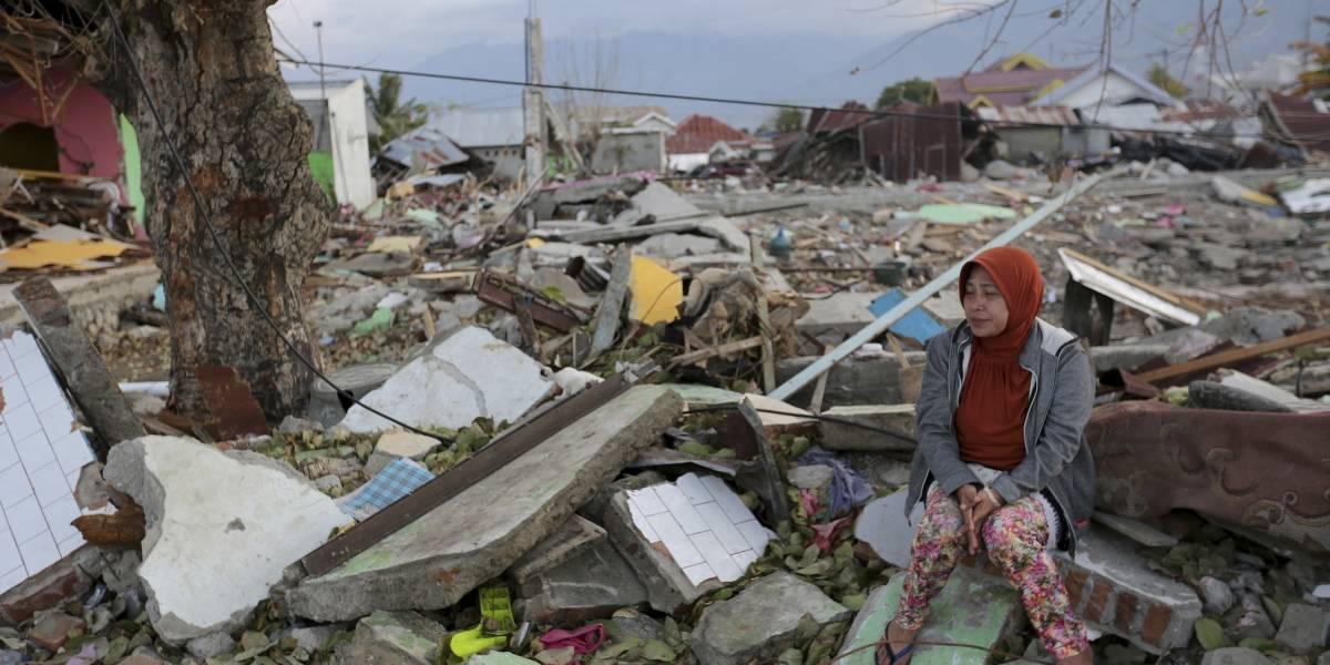 Comienza a llegar ayuda humanitaria a Indonesia tras tsunami