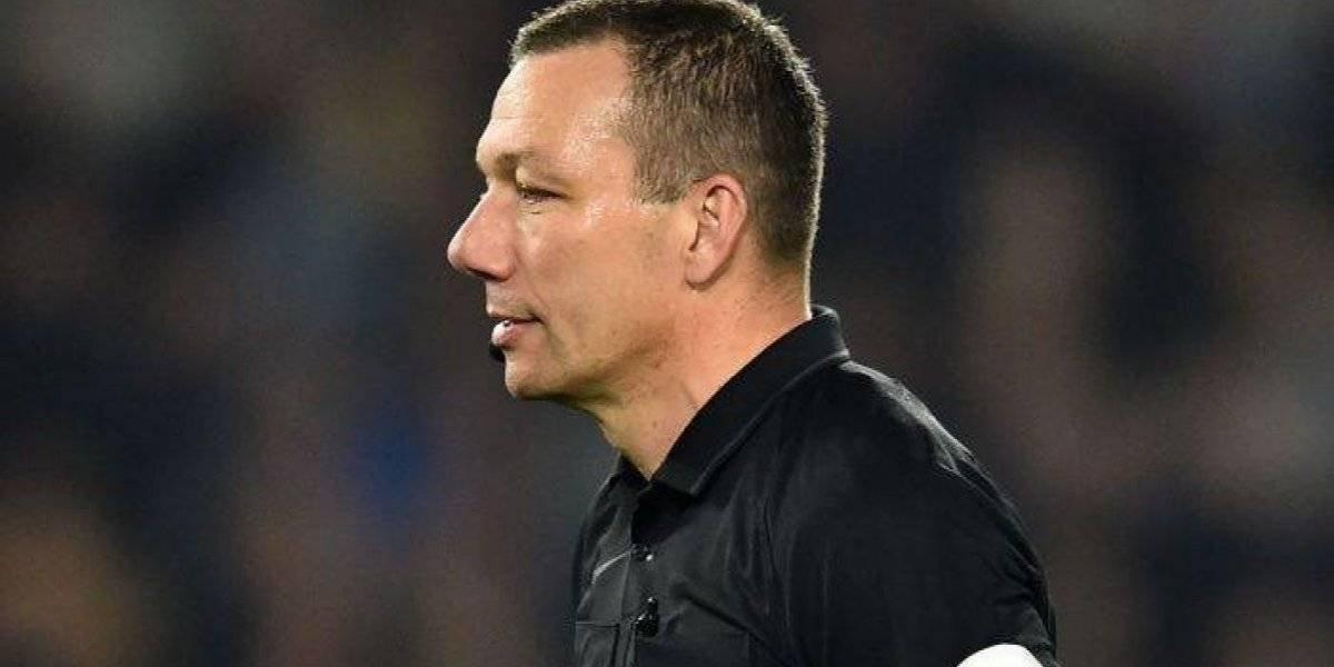 Un juguete sexual hizo que el árbitro detuviera un partido de la Premier League