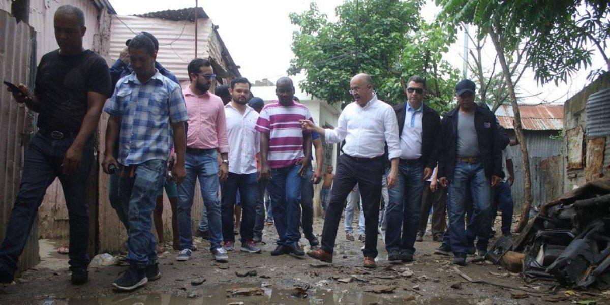 Domínguez Brito dice que continuará trabajos para mejorar barrios de la capital