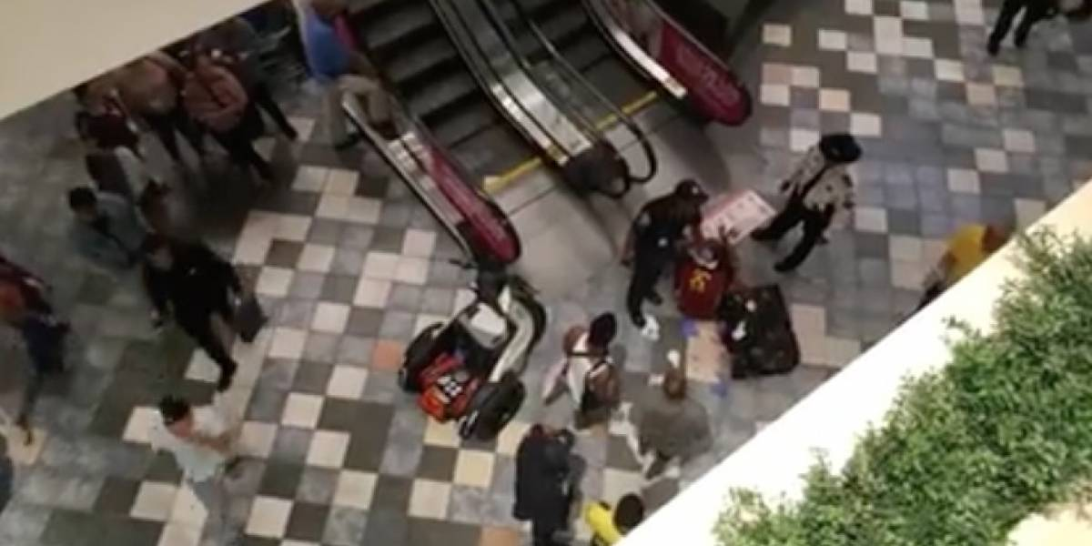 Se produce incidente violento en Plaza Las Américas