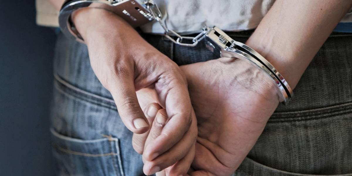 Arrestan a pareja que asesinó a 10 mujeres y vendió un bebé