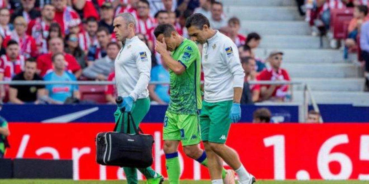 Guardado sale lesionado en la derrota del Betis ante el Atlético de Madrid