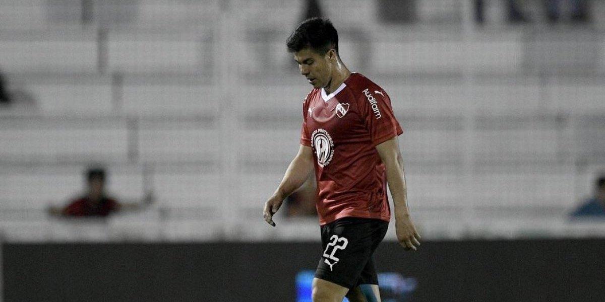 El Gato Silva y el Tucu Hernández sufrieron en el accidentado triunfo de Independiente