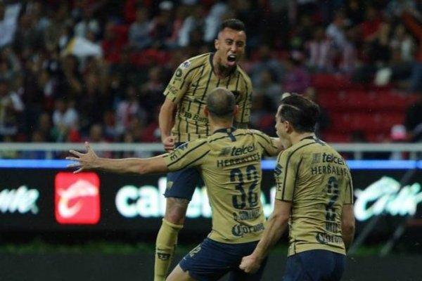 Martín Rodríguez anotó el primer gol de Pumas en el triunfo sobre Chivas como visitante / Foto: Twitter