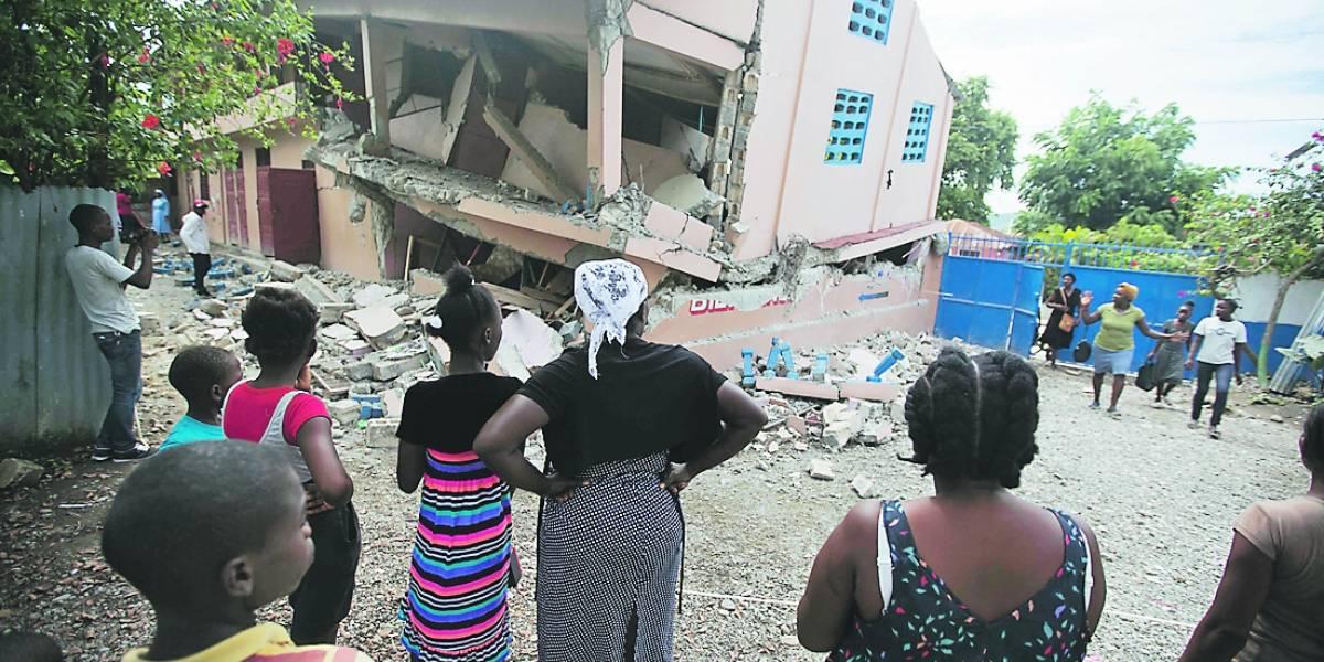 Otro sismo azotó a Haití que ya lloraba 12 muertos