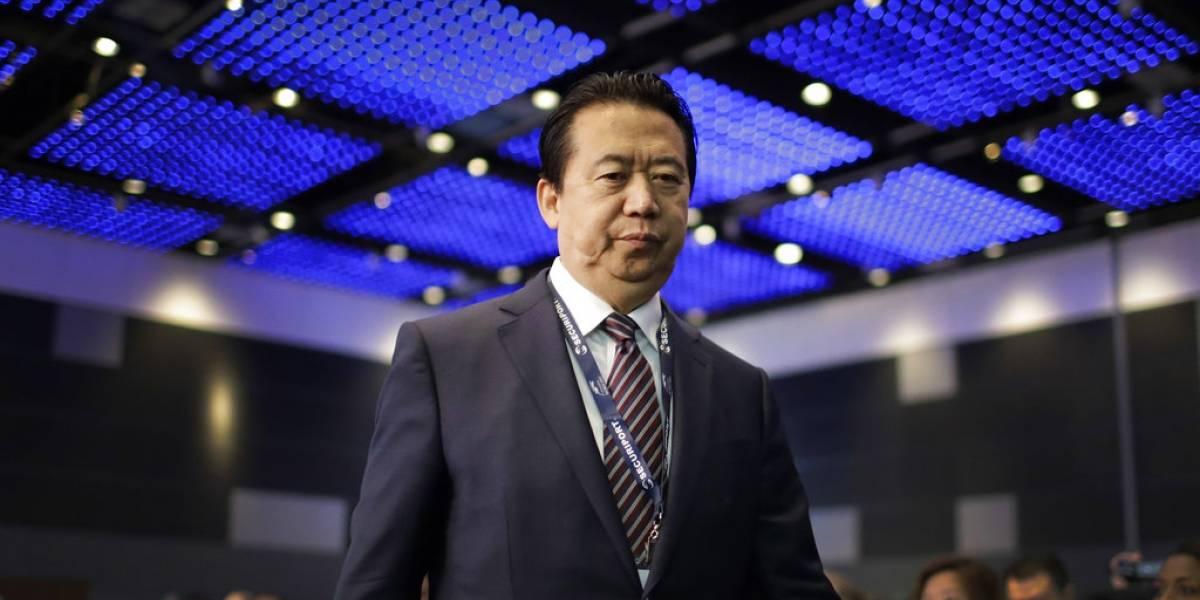 """Interpol anuncia la renuncia """"con efecto inmediato"""" de su presidente"""