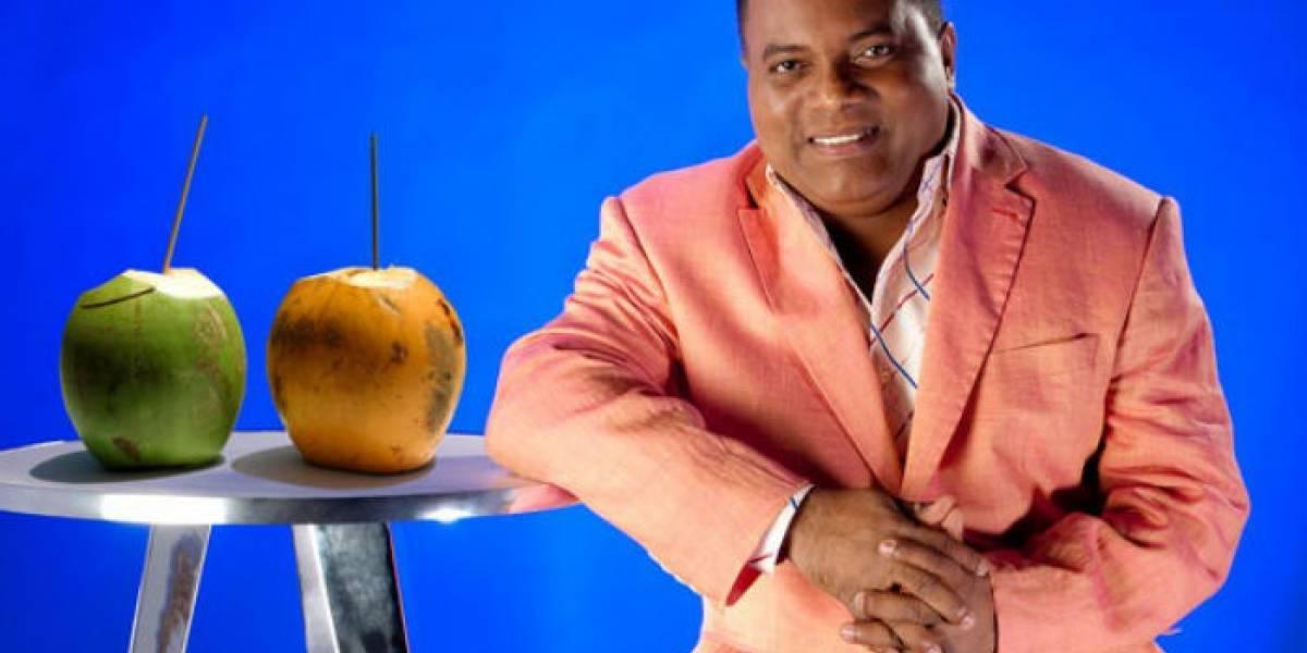 Pochy Familia promueve en la radio su merengue Agua de coco